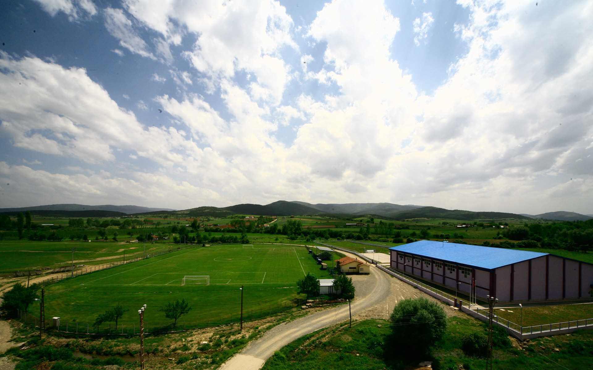 Kastamonu Çim Futbol Sahası Alanı Daday İksir Resort Town