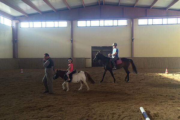 Pony Binicilik Eğitimleri Çocuklara Özel