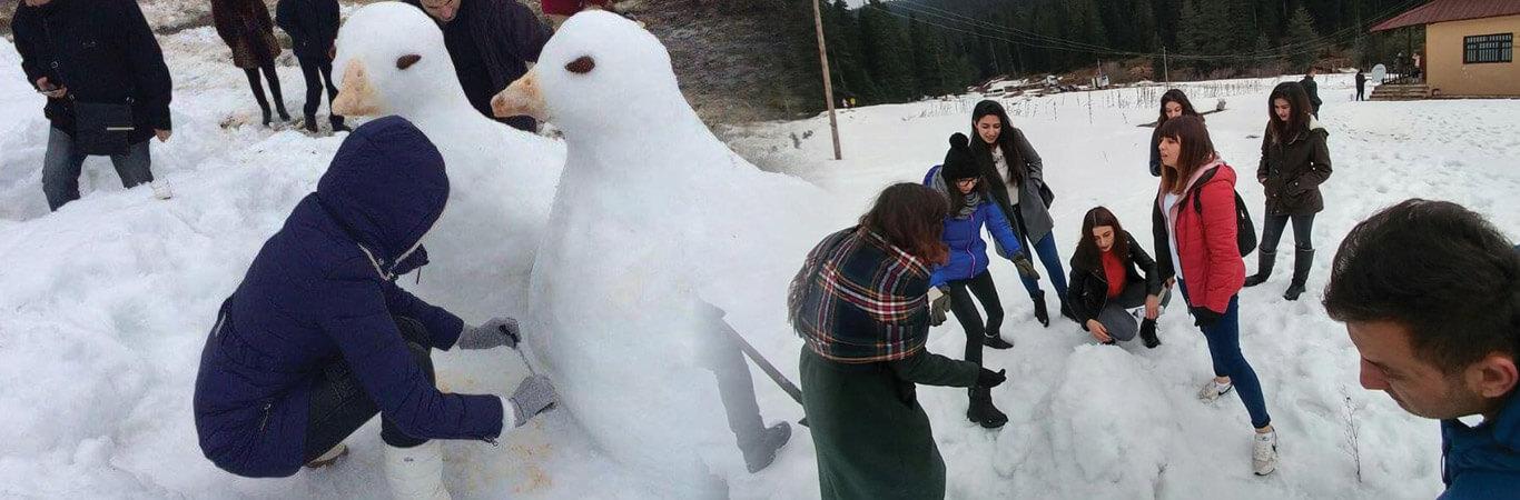 İksir Kardan Heykeller Şenliği
