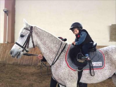 Çocuklar İçin At Binicilik Eğitimleri