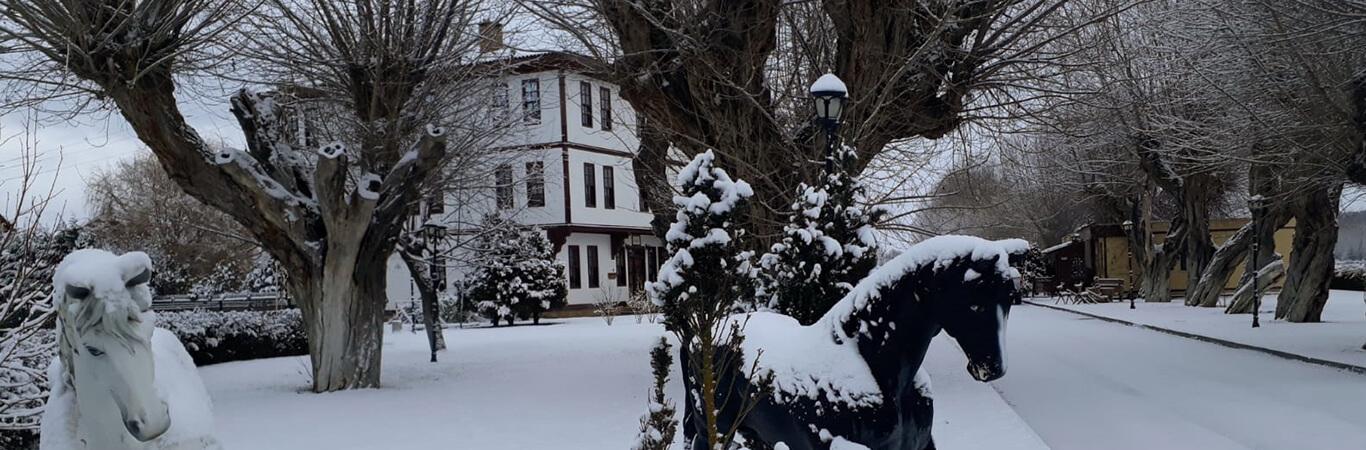 İksir'de Kar Tatili!