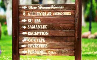 İksir Resort Town Ahşap Tabela