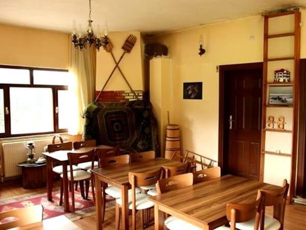 Soğucaova Dağ Evi İç Ortam Resmi